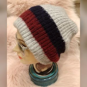 Accessories - Killer, warm and cozy, slouchy beanie!!